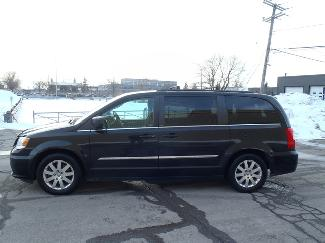 Chrysler TOWN AND COUNTRY SXT. DVD.  NAVIGATION W/MULTIMEDIA 2013