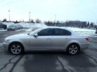 Bmw 528I X-DRIVE AWD W/MULTIMEDIA. NAVIGATION...etc 2010